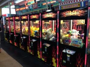 Crane Machine, Skill Crane & Claw machines
